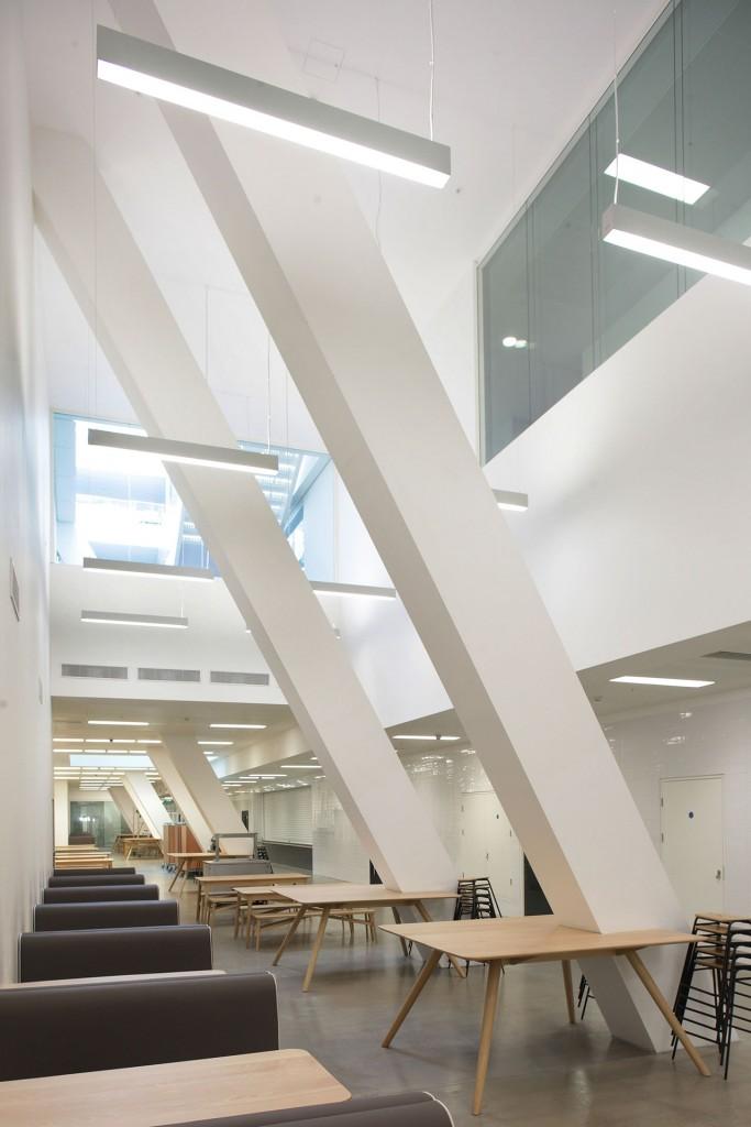 Holland-Park-School,-London-04