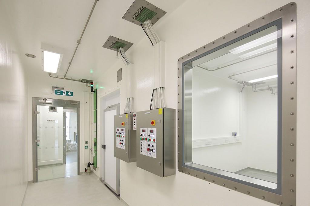 Laboratory,-Surrey-008