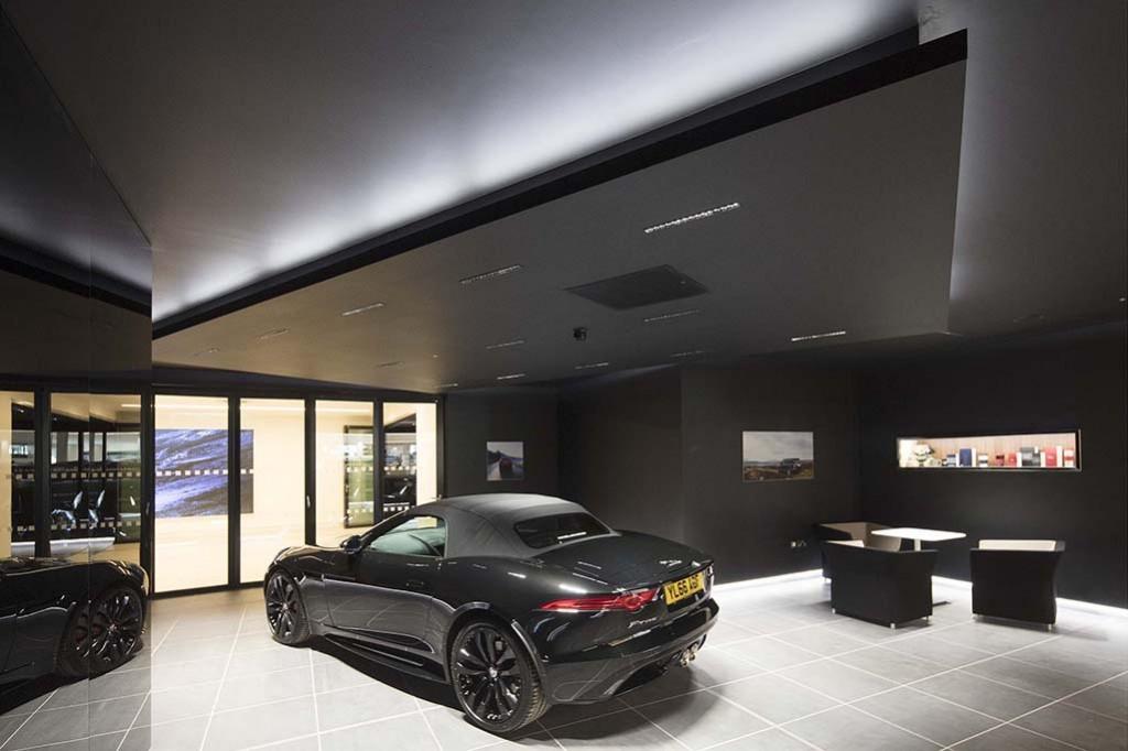 Farnell Jaguar Leeds 052