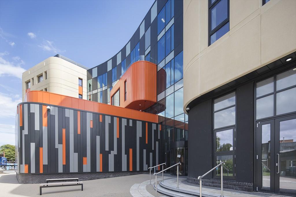 Allam Medical Building Hull 069