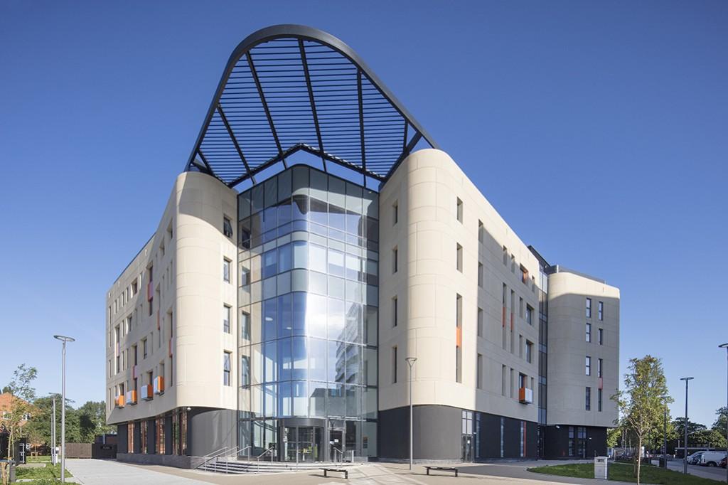 Allam Medical Building Hull 079