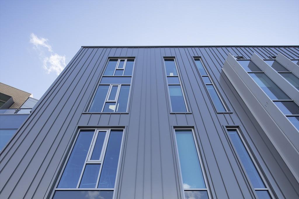 Issac Newton Building 011