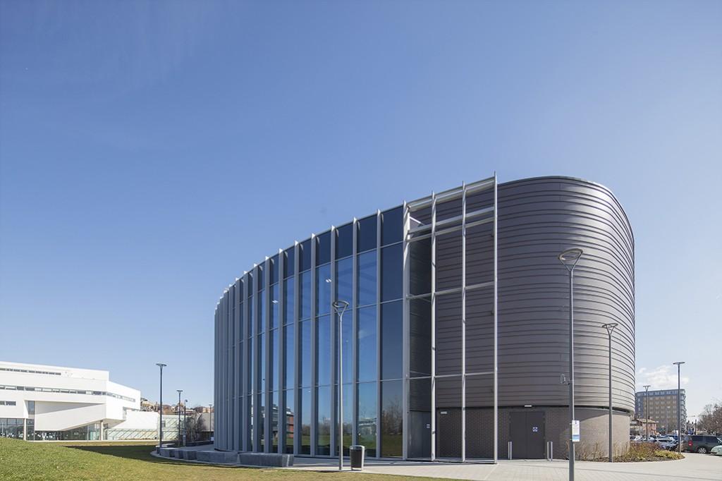 Issac Newton Building 025