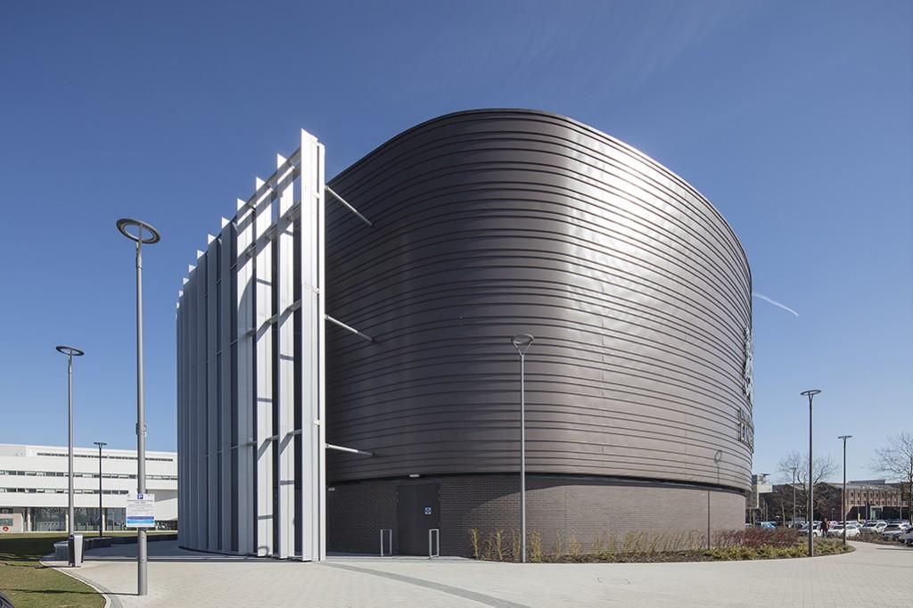 Issac Newton Building 030