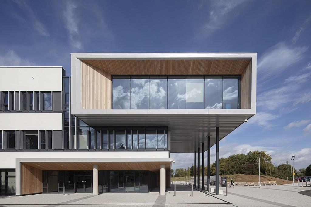 School of Business & Technology Gloucester 008