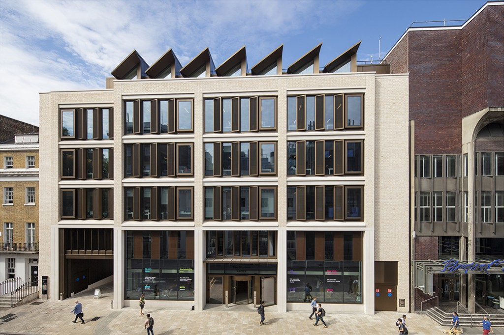 UCL Student Centre 072
